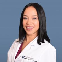 sandra segura, nurse practitioner, kendall pain clinic, pain management, Pain relief centers of south florida